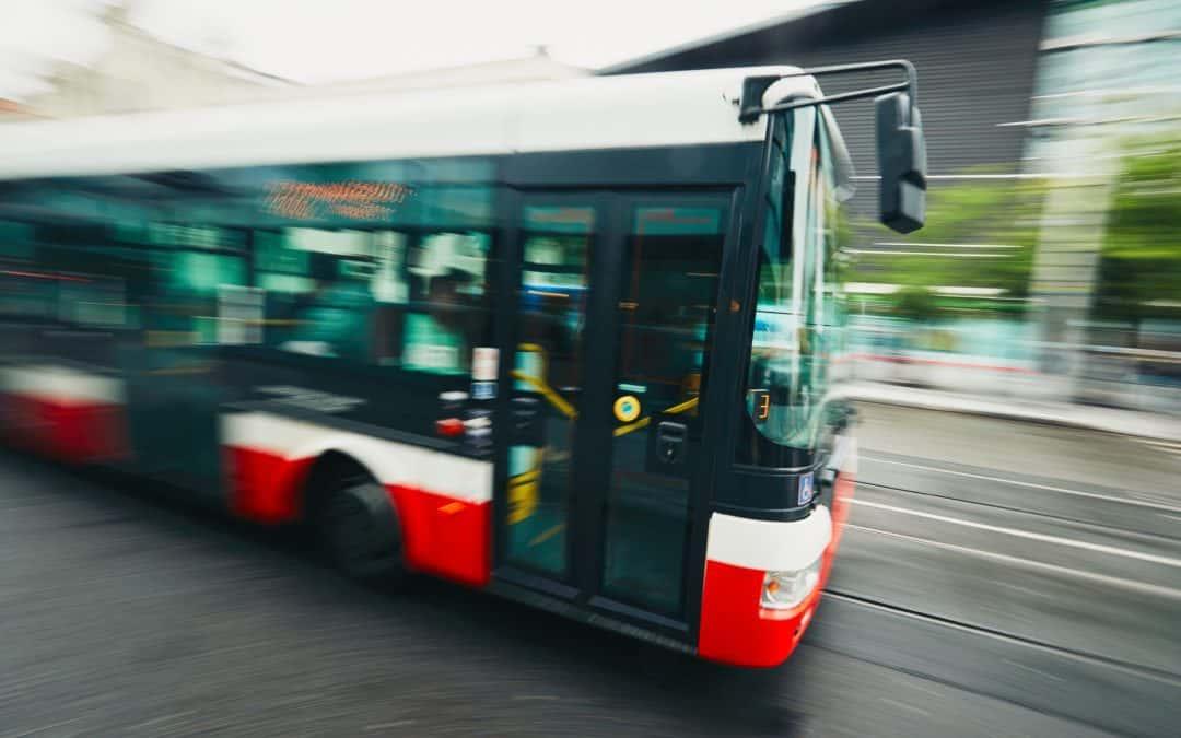 Mit Bussen und Bahnen noch besser durch Duisburg