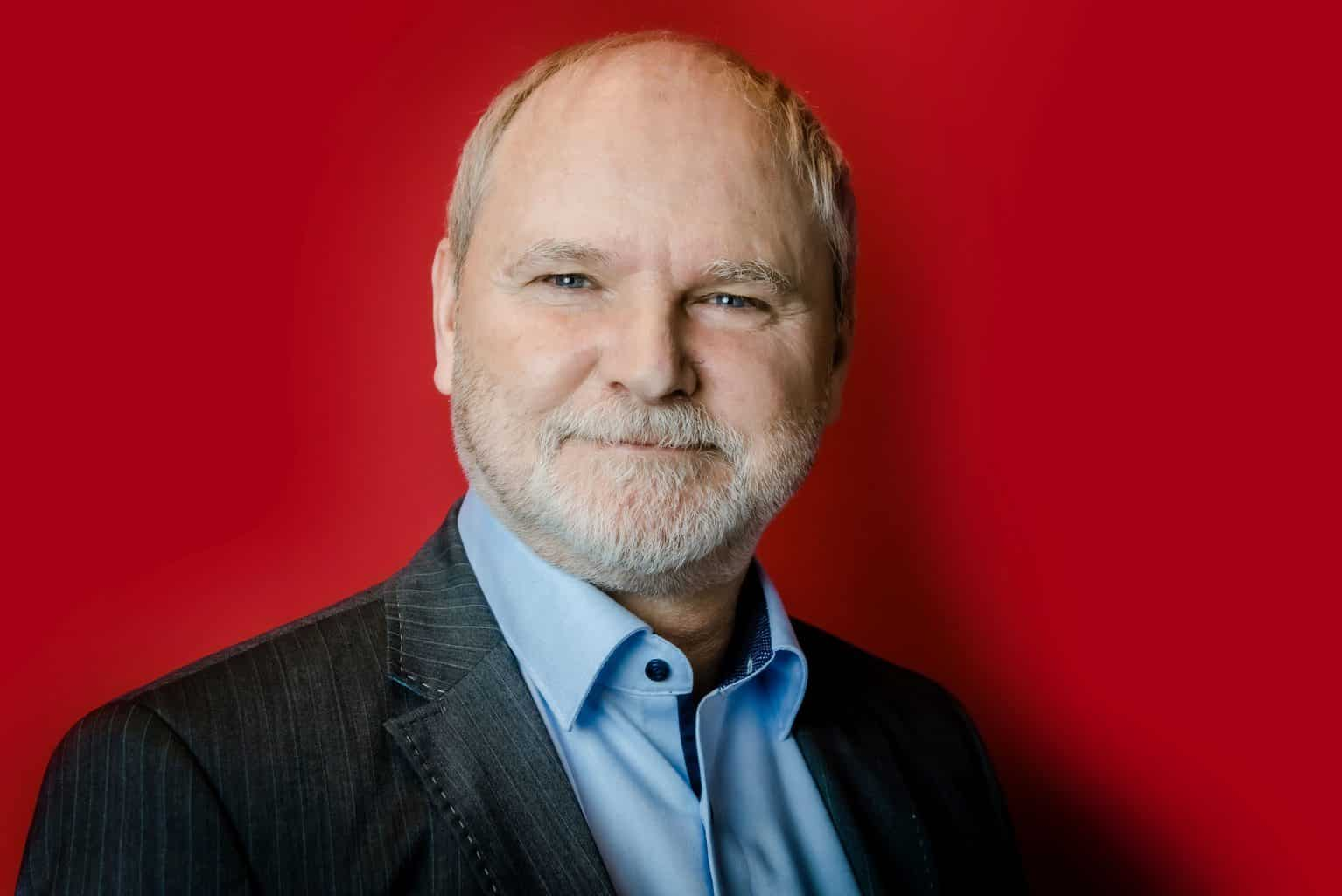 Uwe Ernst